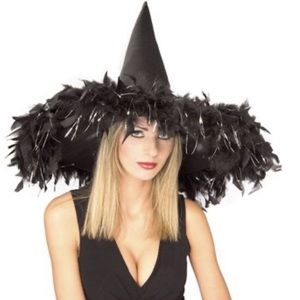 Feathers witch hat with tinsel